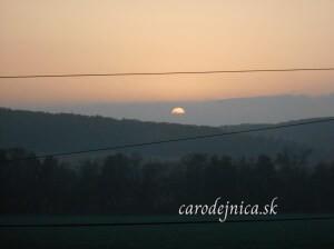 So západom slnka