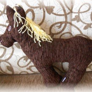 Vankúš Koník z hnedého menžestru s hrivou zo bledožltej vlny