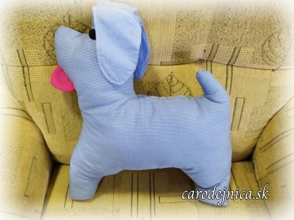vankúš psík modrej farby