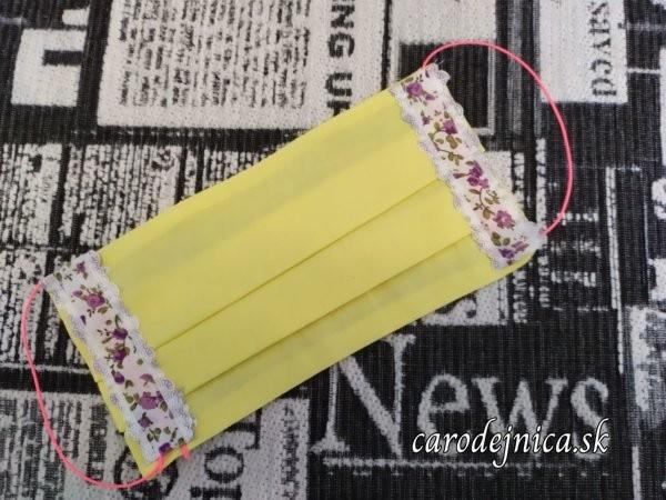 ochranné bavlnené rúško žltej farby s čipkou a ružovou gumičkou
