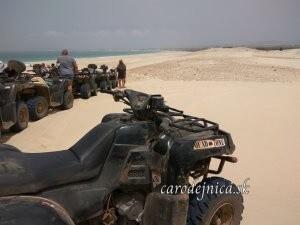 štvorkolky na púšti