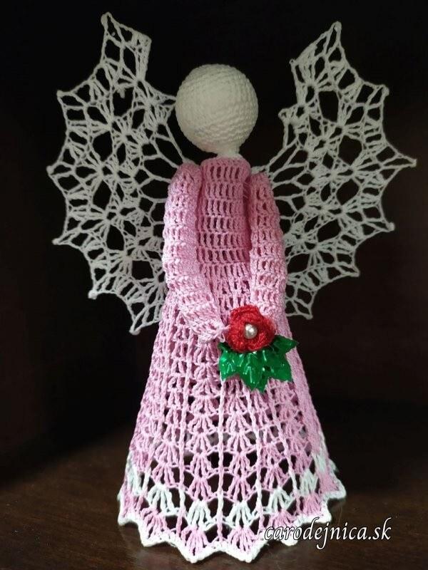 hačkované ozdoby na vianočný stromček - ružový anjel